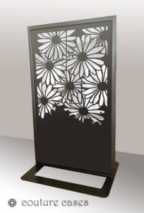 DAISY CRUSH freestanding laser cut mirror screen