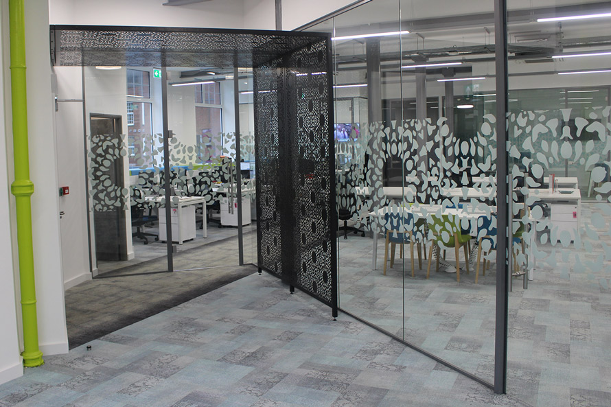 nottingham-lace-laser-cut-screens-in-satin-black-with-vertical-and-horizontal-screens-and-vinyl-windows